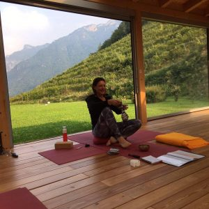 Esther organiseerde een yoga retraite in Italie
